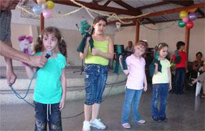 Los pequeños disfrutaron de la fiesta.