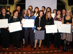 La directora general Pilar Pin junto a las participantes del curso de formación y capacitación.