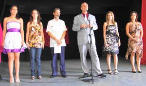 Raúl Parrado y José Pena presentaron a cuatro de las candidatas a Señorita León.