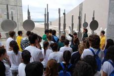 Los jóvenes residentes en el exterior en la Cidade da Cultura.