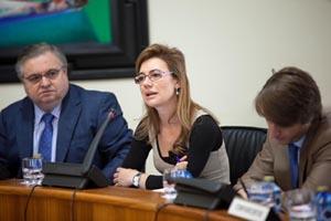 La conselleira Marta Fernández Currá compareció en la Comisión de Economía, Facenda e Orzamentos.
