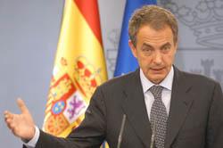 José Luis Rodríguez Zapatero anuncia el adelanto electoral.