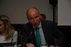 El secretario xeral da Emigración, Santiago Camba.