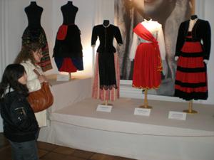 Público de todas las edades ha visitado la muestra desde su apertura.