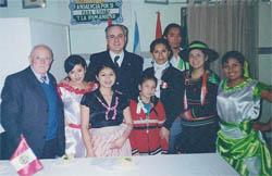Andaluces y peruanos compartieron la fiesta.