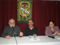 Francisco Lores, Hernán Díaz y Andrea Cobas Corral presentaron la publicación.
