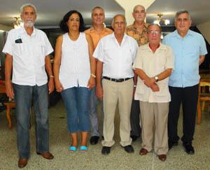 Alfredo Bernal, presidente de la SCB (ext. der.) junto a los presidentes de las Casas de Castilla y León que participaron del almuerzo.