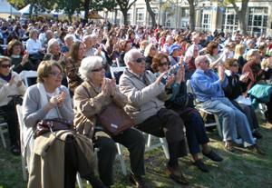 Una concurrencia masiva participó de la Fiesta de las Colectividades.