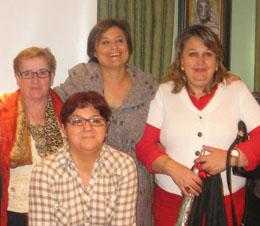 La presidenta de Feaer, Juan María Sánchez, a la derecha, y la secretaria de Estado de Igualdad, Laura Seara, a su derecha.