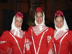 Miembros del Ballet Español de Cuba.