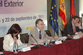 El presidente del Consejo, Francisco Ruiz, durante su exposición.