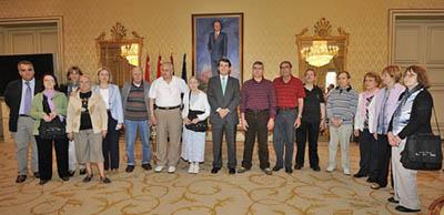 El alcalde de Salamanca, Alfonso Fernández Mañueco, con los participantes,