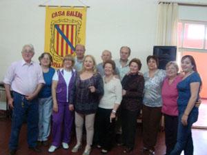 Los baleares reunidos en la sede de la entidad.