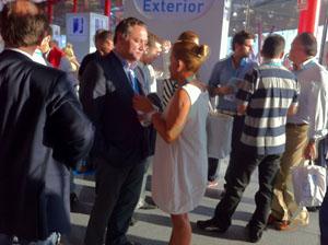 Alfredo Prada con la presidenta del PP de León y de la Diputación Provincial en la Convención Nacional del PP en Málaga.