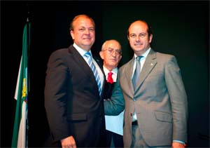 En primer término, Monago y Pedro Rollán.