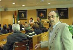 El homenajeado en la Diputación de Sevilla.