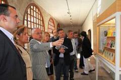 Rosa Valdeón y Gonzalo Santoja inauguraron la muestra.