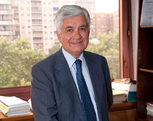 Avelino Acero Díaz.