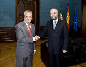 José Antonio Griñán con el embajador Pelicaric.