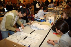 Escrutinio del voto emigrante en las elecciones catalanas de marzo de 2009.