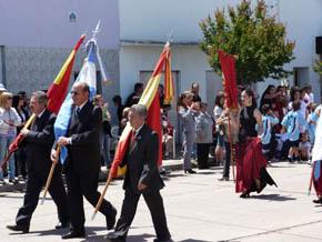Los abanderados por las instituciones españolas.