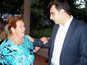 Calvo recibió el cariño de los emigrantes.