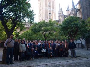 Los excursionistas en Sevilla.