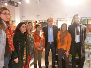 Gómez Gordiola, en el centro, con participantes en la campaña.