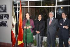 La ministra de Cultura, Ángeles González Sinde, en la inauguración de la Casa de Luis Buñuel en Ciudad de México.