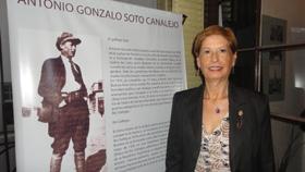 La hija de Soto viajó especialmente desde Chile para participar del acto.