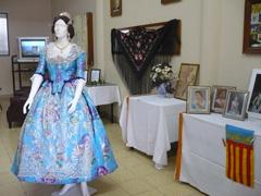 El traje de fallera causó  un gran impacto por su belleza y exquisito gusto con que fue confeccionado.