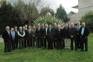 Los miembros de la Comisión Delegada del Consello das Comunidades Galegas.
