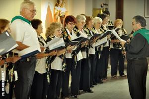 Actuación del Coro de la Asociación.