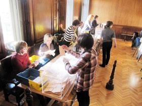 Escrutinio del voto exterior en las elecciones del pasado 20-N.