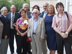 Michelón (tercera por la izquierda) obtuvo un  rotundo respaldo de sus pares.