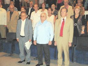 A la derecha el cónsul general de España, Tomás Rodríguez-Pantoja, y a su lado el presidente del CRE, Antonio Fidalgo, al comienzo del acto.