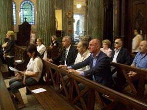 El secretario xeral Santiago Camba asistió la misa en honor de Fraga realizada en Buenos Aires.