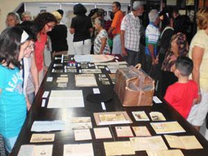 Numeroso público visitó la muestra.