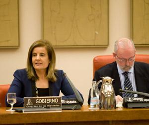 La ministra Fátima Báñez compareció ante la Comisión de Empleo y Seguridad Social.