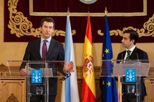 El presidente de la Xunta, Alberto Núñez Feijóo, con José Manuel Rey, presidente de la Fegamp.