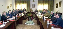 El presidente Griñán y Aguilera transmitieron a la Asociación Onubense de Productores y Exportadores de Fresas (Freshuelva) el apoyo de la Junta a este sector.