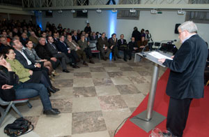 El conselleiro de Cultura y Educación, Xesús Vázquez, y el secretario xeral de Cultura, Anxo Lorenzo asistieron al homenaje que el Museo do Pobo Galego rindió a Isaac Díaz Pardo.