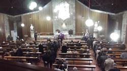 Un momento de la misa oficiada.