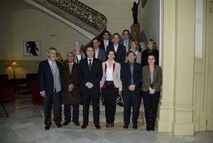Foto de grupo de los reunidos.