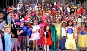 Algunos de los niños que participaron en la fiesta.