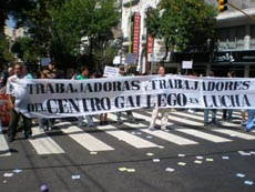 Manifestación del jueves 15 de marzo ante el Centro Gallego de Buenos Aires.
