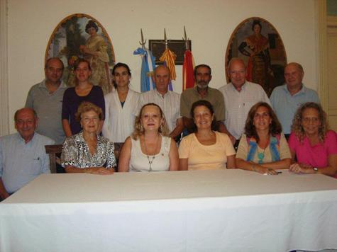 La directiva de la Casa Balear Villa María.