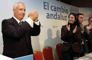 Javier Arenas en la Junta del PP de Almería.