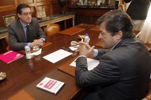 Ignacio Prendes en su reunión con Javier Fernández.