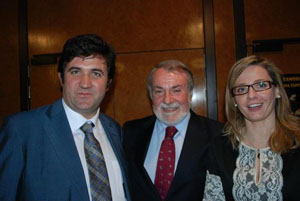 Jaime Mayor Oreja junto a Belén Rodríguez y Juan Antonio Barrios.